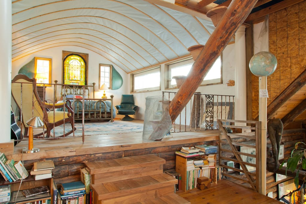 The Coolest Airbnb in Every State: Artist Cabin Airbnb
